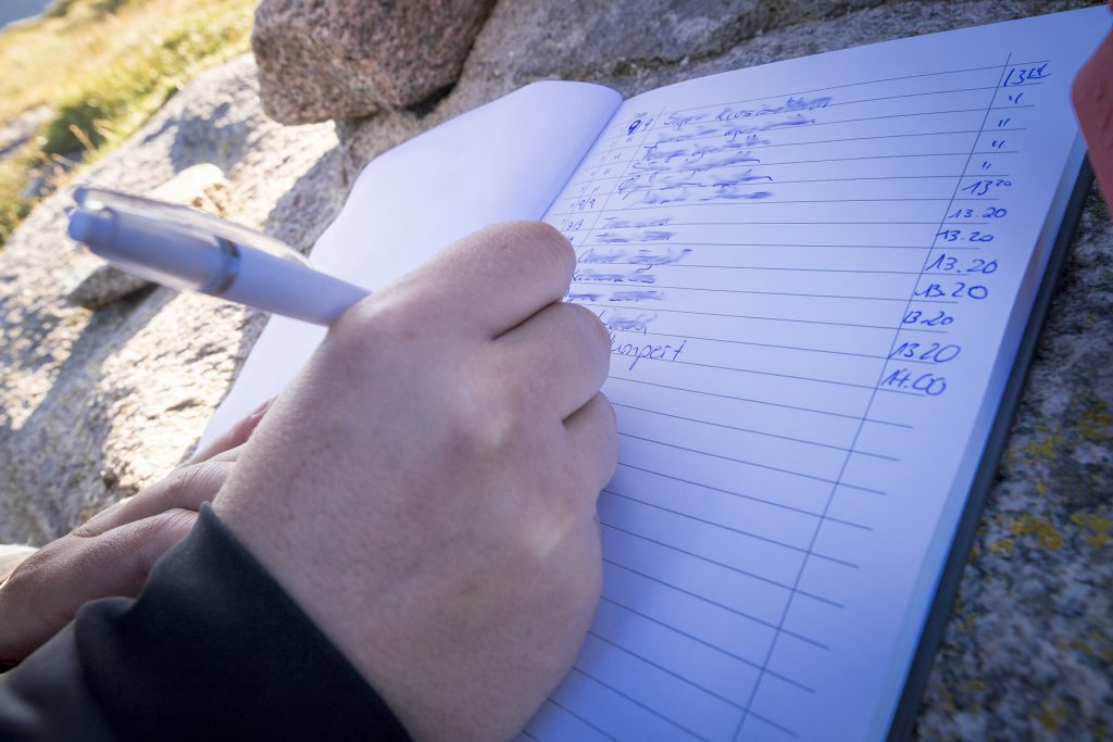 """Das Tourbuch gilt als """"Beweis"""" für die Erreichung des Knivskjellodden."""