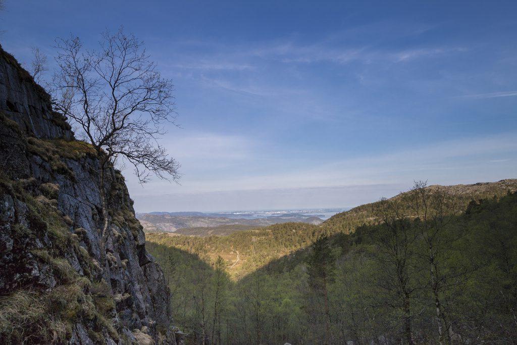 Ausblick vom Felsplateau auf der Wanderung zum Preikestolen